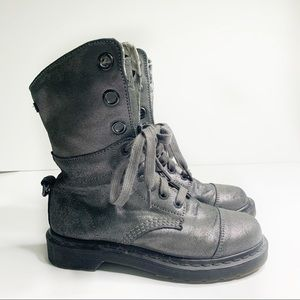 Dr Martens pewter Amelie metallic gray boots sz 7